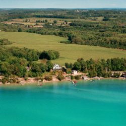 Torch Lake Bed & Breakfast, The